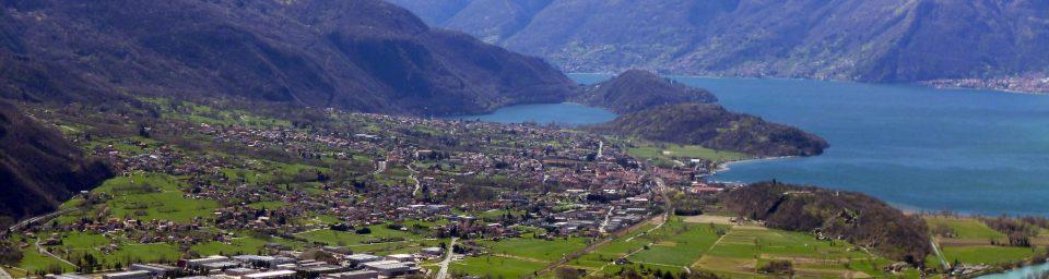 Piana conn colline e lago