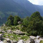Pietraia sospesa su una valle